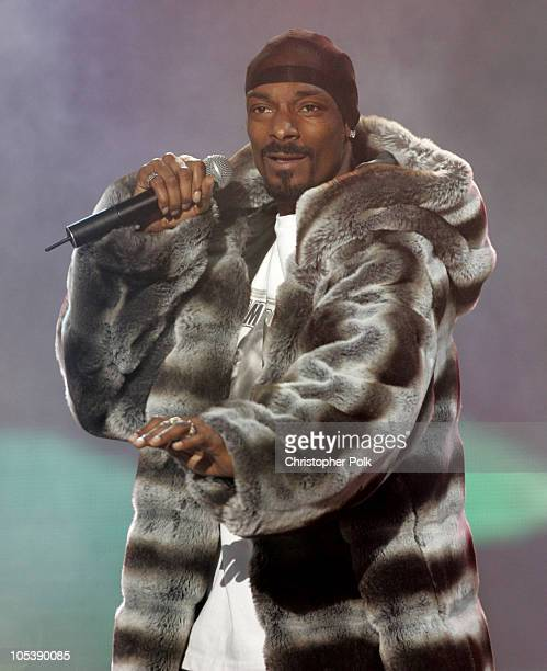 Snoop Dogg performs Drop It Like It's Hot during Spike TV's 2nd Annual Video Game Awards 2004 Show Hosted by Snoop Dogg at Barker Hangar in Santa...