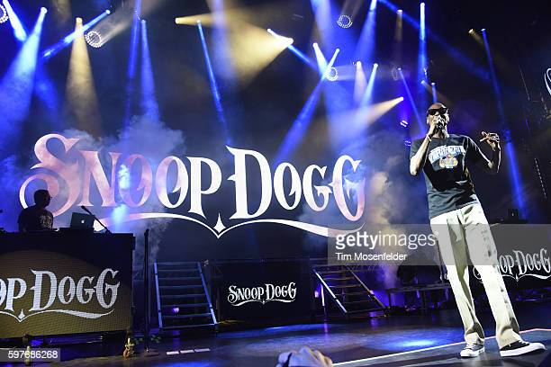 """Snoop Dogg performs during """"The High Road Summer Tour"""" at Concord Pavilion on August 28, 2016 in Concord, California."""