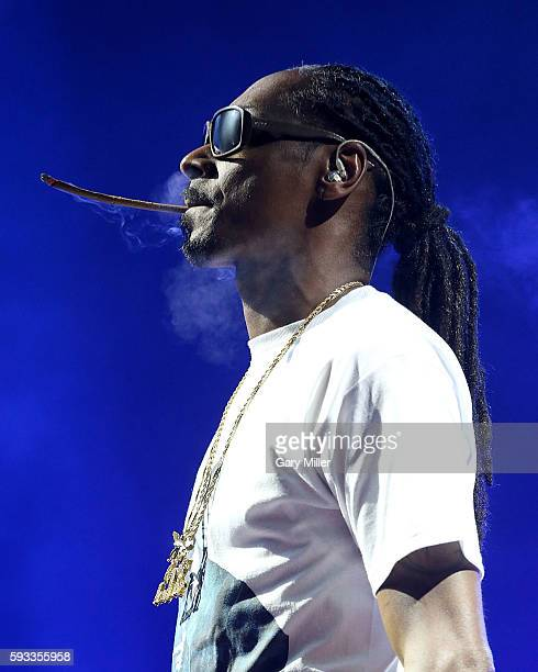 Snoop Dogg performs in concert with Wiz Khalifa on the High Road Tour at the Austin360 Amphitheater on August 21, 2016 in Austin, Texas.