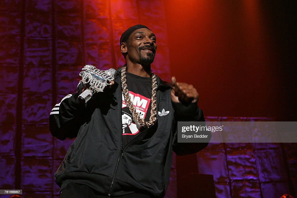 Snoop Dogg performs onstage at the 2007 J.A.M. awards and concert at Hammerstein Ballroom on November 29, 2007 in New York City.