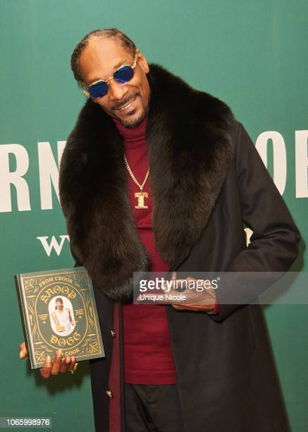 Snoop Dogg signs and discusses his new book From Crook To Cook Platinum Recipes From Tha Boss Dogg's Kitchen at Barnes Noble at The Grove on November...