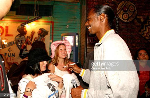 Snoop Dogg with fans during MTV's TRL Celebrates Its 1000th Episode at House of Blues in Los Angeles CA United States
