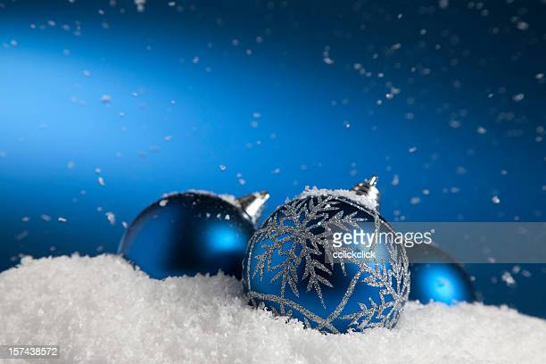 Snow Baubles