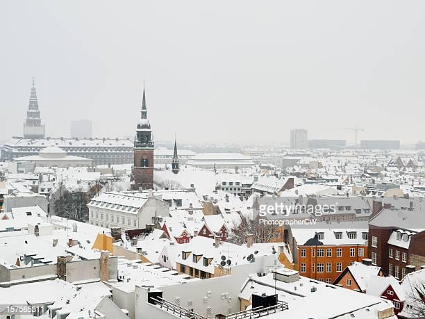 Neve coberta Telhados em Copenhaga