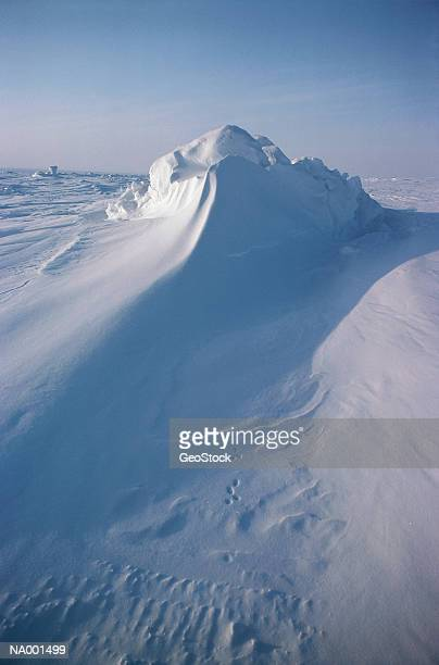 snow drift - tundra stock pictures, royalty-free photos & images
