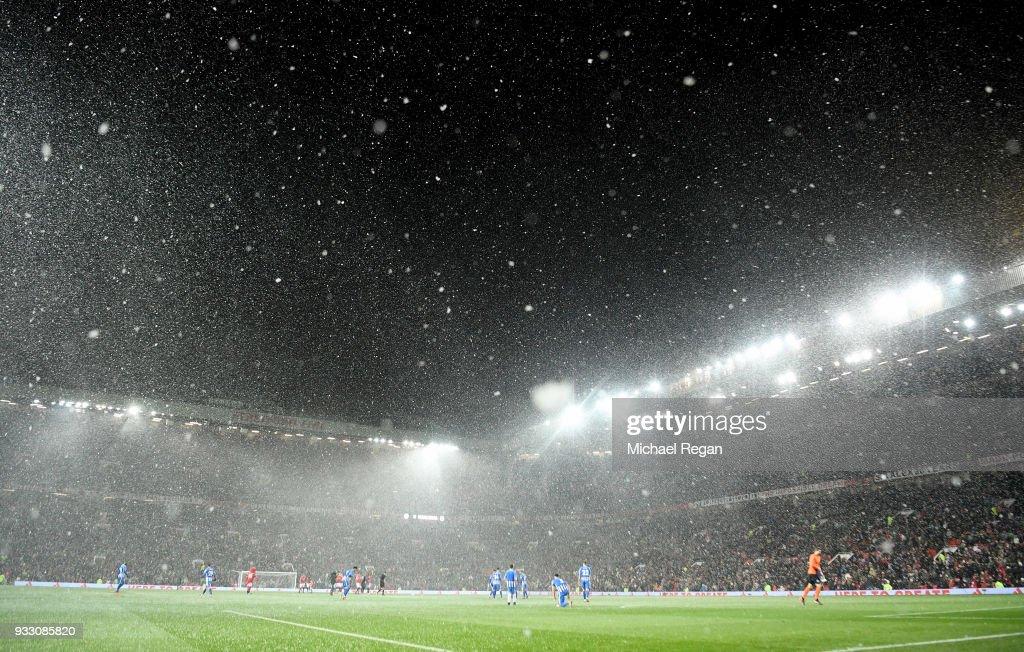 Manchester United v Brighton & Hove Albion - The Emirates FA Cup Quarter Final : News Photo