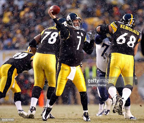 Snow falls as Ben Roethlisberger of the Pittsburgh Steelers throws a pass against the San Diego Chargers during their AFC Divisional Playoff Game on...