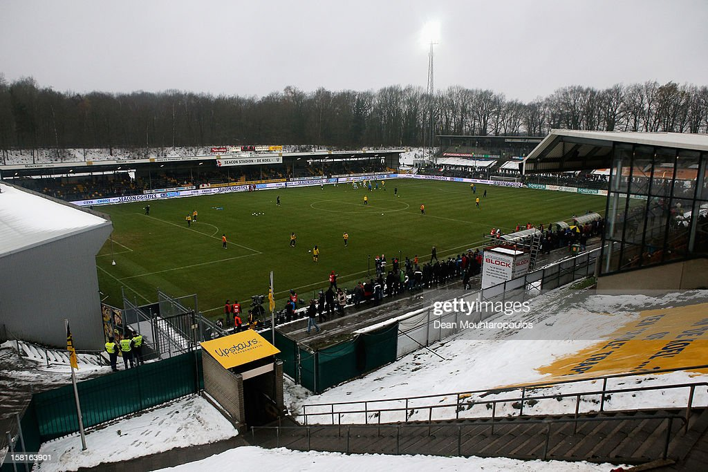 Snow falls as the players warm up prior to the Eredivisie match between VVV Venlo and Vitesse Arnhem at the Seacon Stadion De Koel on December 9, 2012 in Venlo, Netherlands.