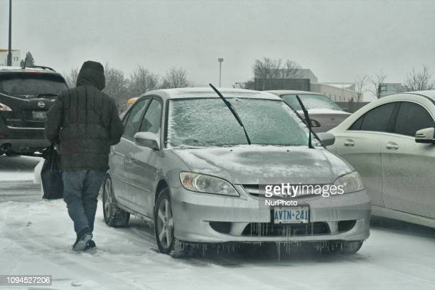 Snow, freezing rain and ice pellets hit the Greater Toronto Area just in time to make it a messy morning commute in Toronto, Ontario, Canada, on...