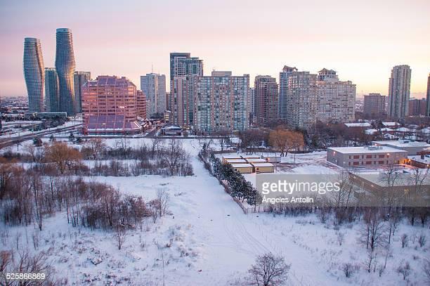 snow in mississauga - mississauga imagens e fotografias de stock