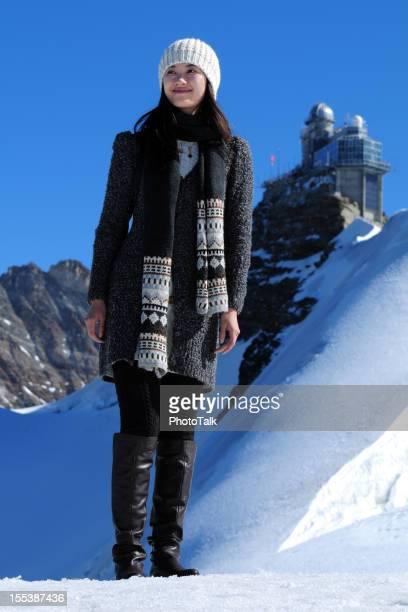Snow Mountain Traveling - XLarge