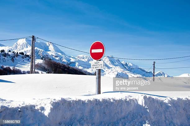 Snow, no entry road.