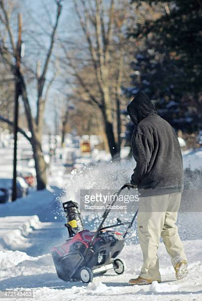 snow removal - basslabbers, bastiaan slabbers stock pictures, royalty-free photos & images