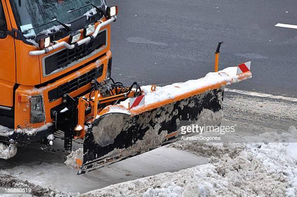 Schnee entfernen Fahrzeug in Aktion