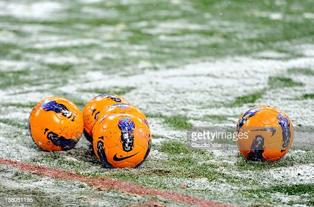 Snow settles on the pitch ahead of the Serie A match between FC Internazionale Milano and US Citta di Palermo at Stadio Giuseppe Meazza on February 1...