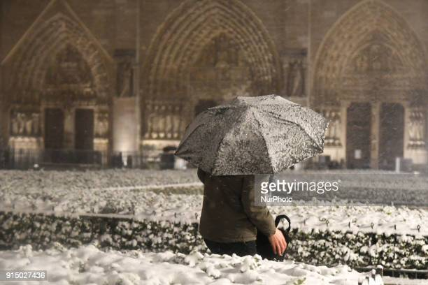 Snow storm rising up in Paris at night on 6 February 2018 with blocked the traffic