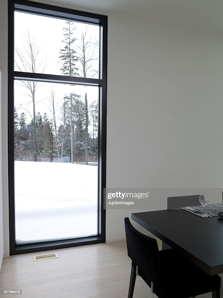 Snow through window : Foto stock