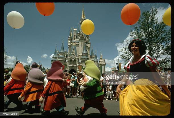 Snow White and Dwarves in Parade