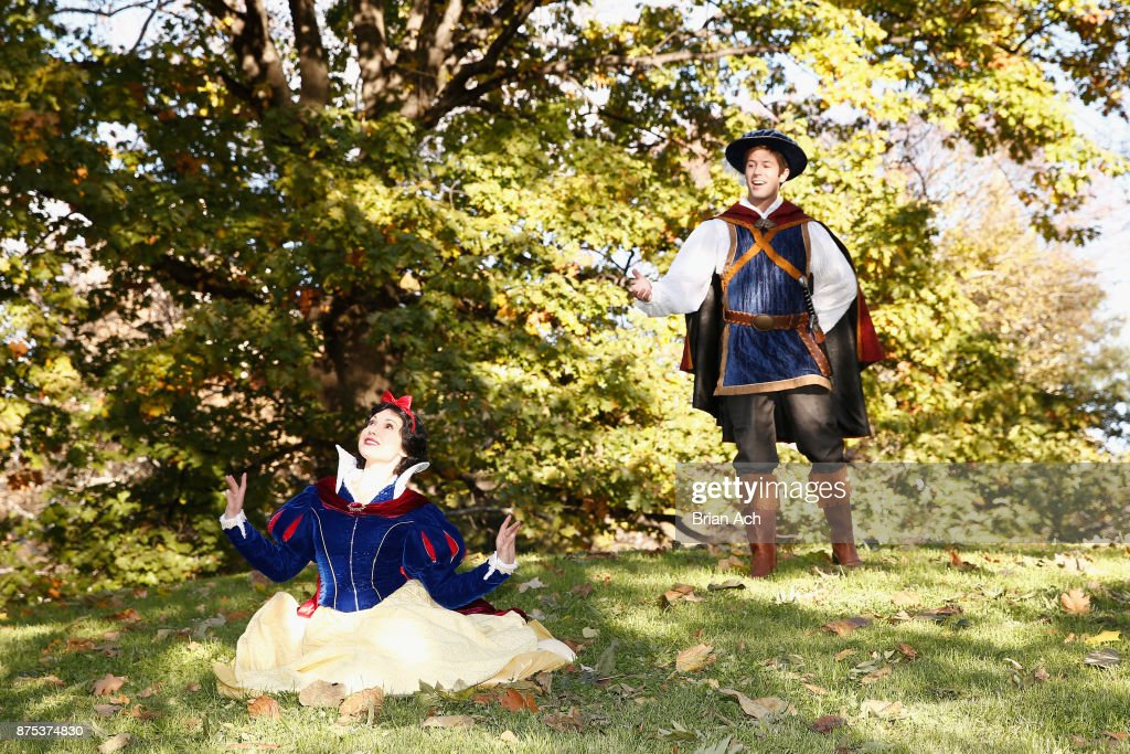 Snow White Spotted In Central Park : News Photo