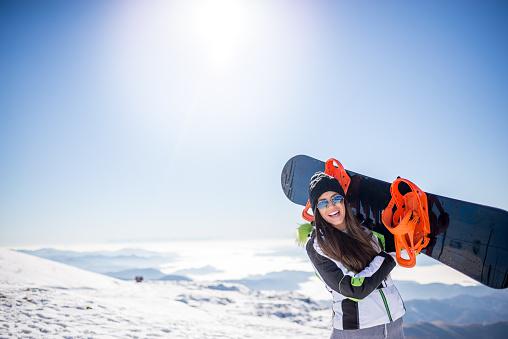 Snowboard girl - gettyimageskorea