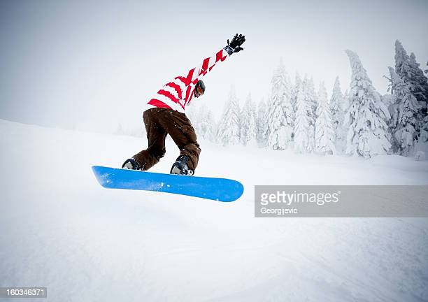 snowboarder on the mountain - ski pants stock pictures, royalty-free photos & images