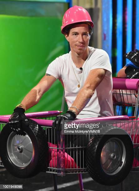 Snowboarder Shaun White particaptes in a challenge during the Nickelodeon Kids' Choice Sports 2018 at Barker Hangar on July 19 2018 in Santa Monica...