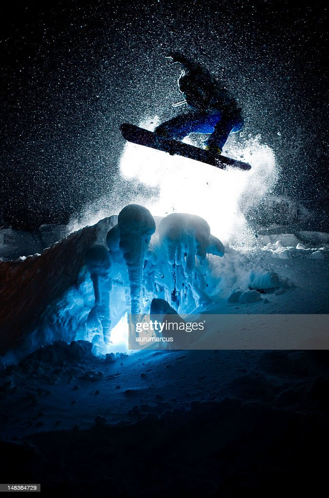 Snowboarder Silhouette : Stock Photo
