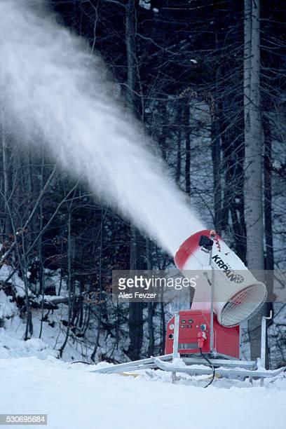 Snowcannon Disperses Snow