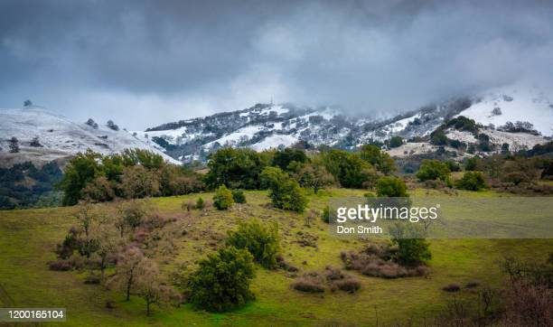 snow-capped hills, diablo mountain range - don smith stock pictures, royalty-free photos & images