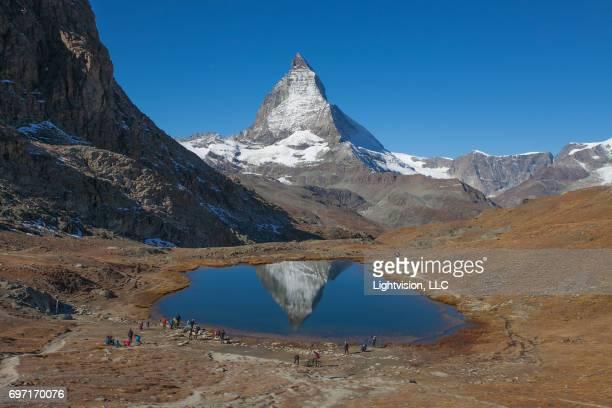 snowcapped matterhorn, switzerland - zermatt stock pictures, royalty-free photos & images