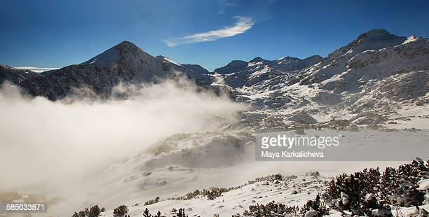 snowcapped mountains and clouds - pirin national park stock pictures, royalty-free photos & images