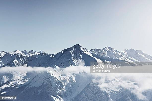 snowcapped mountains - mountain range stock pictures, royalty-free photos & images