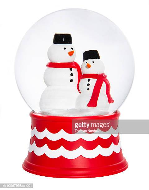 Snow-globes with snowmen