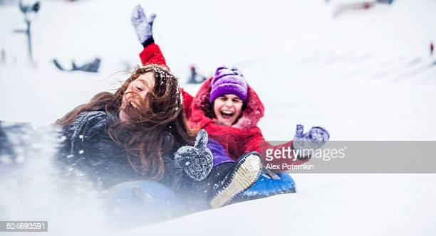 snowtubing - tube stock pictures, royalty-free photos & images