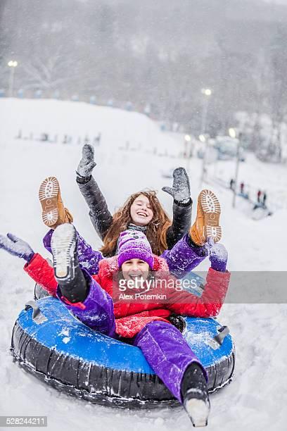 snowtubing - pocono stock pictures, royalty-free photos & images
