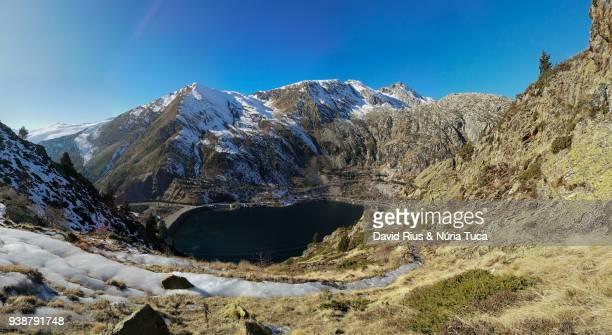 snowy landscape in vall fosca - provinz lerida stock-fotos und bilder
