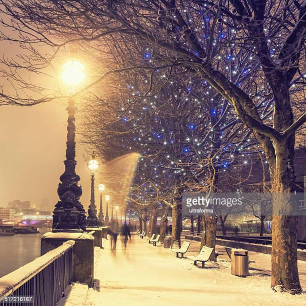 snowy london - christmas scenes stock photos and pictures