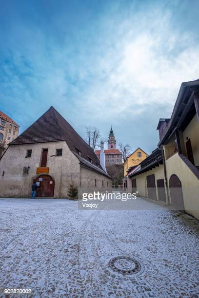 snowy monday morning at the old town, český krumlov, czech republic - cesky krumlov castle stock photos and pictures