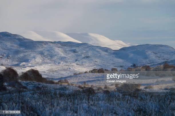 snowy mountainous scene in the scottish highlands of sutherland - 2017 stock pictures, royalty-free photos & images
