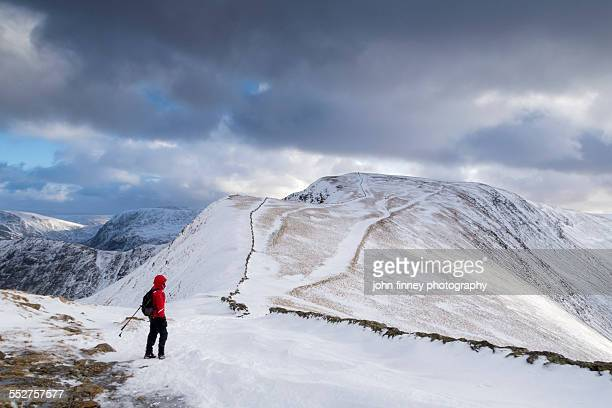snowy mountains, lake district, england - whitehaven cumbria stock pictures, royalty-free photos & images