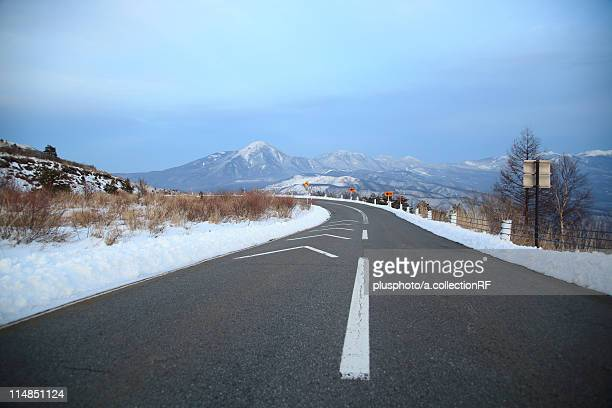 snowy road, nagano prefecture, honshu, japan - plusphoto stock pictures, royalty-free photos & images