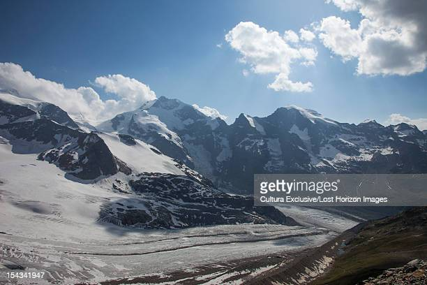 snowy rural mountains under blue sky - saint moritz foto e immagini stock