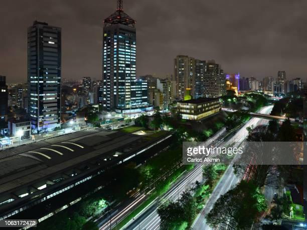 São Paulo, Brasil - 23 de Maio Avenue at night with intense traffic