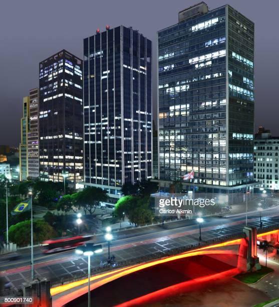 São Paulo - Brasil - Viaduto do Chá e edifícios do Vale do Anhangabaú