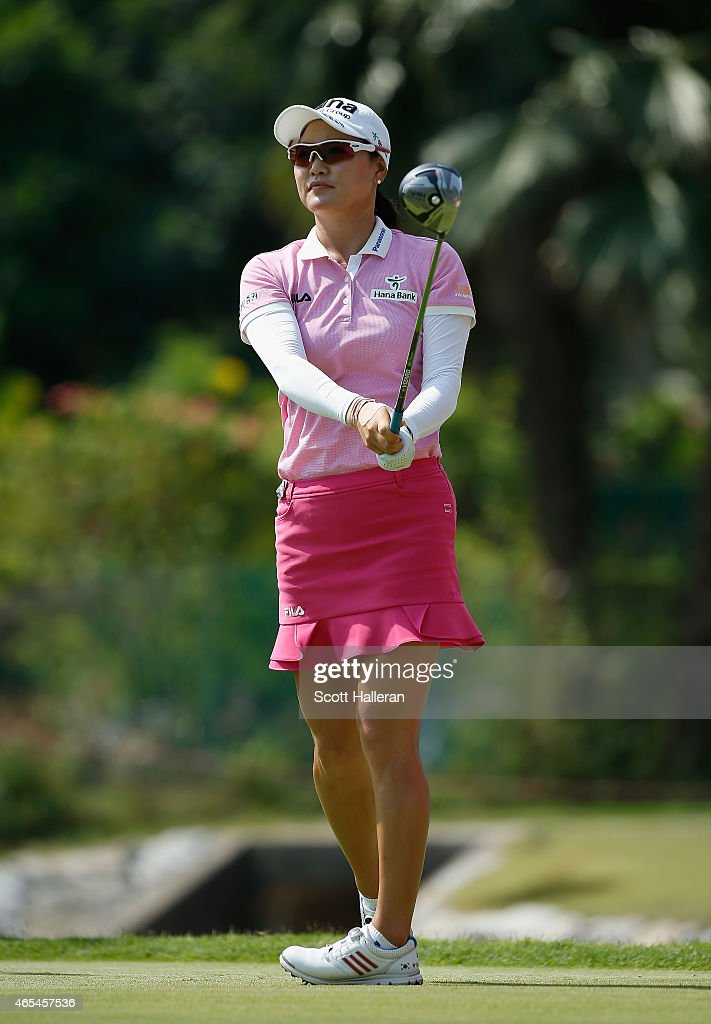 So Yeon Ryu of South Korea watches her tee shot on the fifth hole during the third round of the HSBC Women's Champions at the Sentosa Golf Club on March 7, 2015 in Singapore, Singapore.
