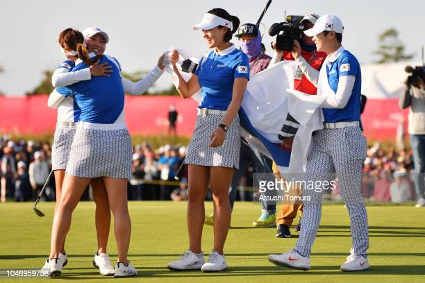 So Yoen Ryu, In-Kyung Kim, Sung Hyun Park and In Gee Chun of South Korea celebrate winning on day four of the UL International Crown at Jack Nicklaus...