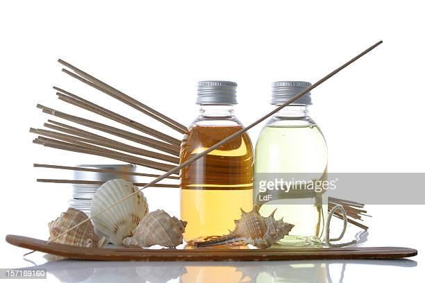 Savon bouteilles composition avec des coquillages et de l'encens