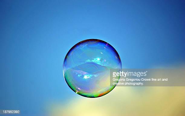 soap bubble - gregoria gregoriou crowe fine art and creative photography foto e immagini stock