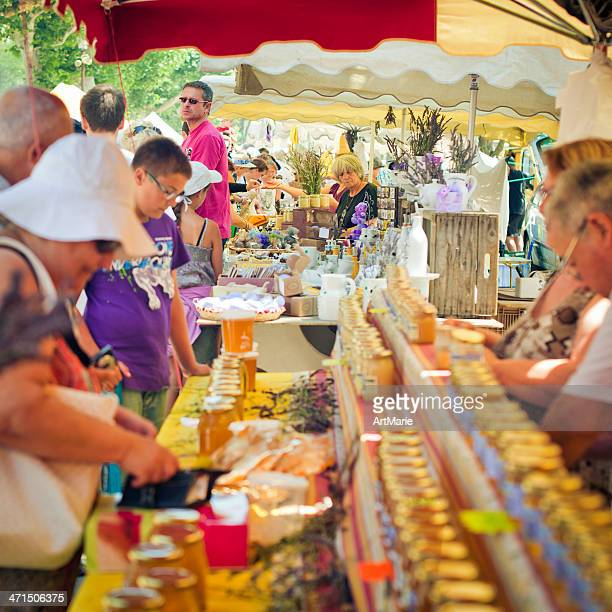 soap, honey and perfume for sale in provenve - aix en provence stock pictures, royalty-free photos & images