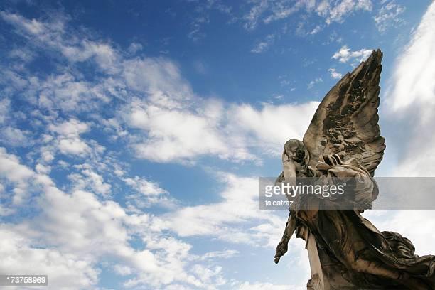 escaldantes do céu - angel of death imagens e fotografias de stock